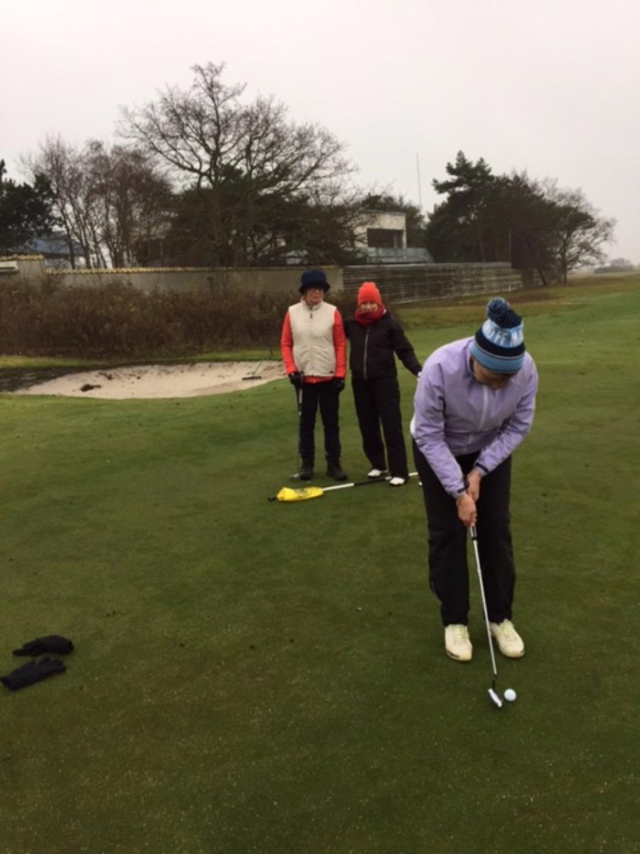 Torsdagens sena resultat golf